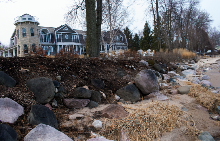 McMansion losing costly landscaping, huge boulders to Lake Michigan Northern Ozaukee County